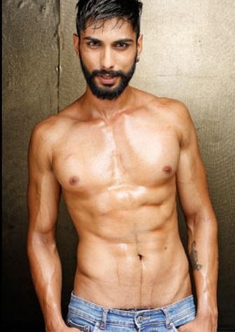 Prateik Jain poses Shirtless during  Mr. India 2014