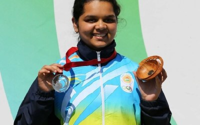 Malaika Goel after winning Silver at 2014 Commonwealth Games