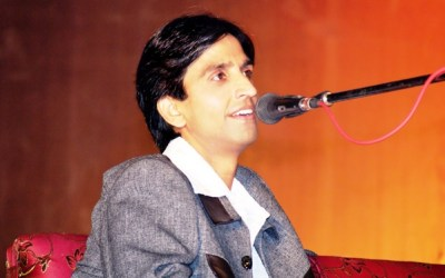 Dr Kumar Vishwas is a poet turned Politician from Aam Aadmi Party