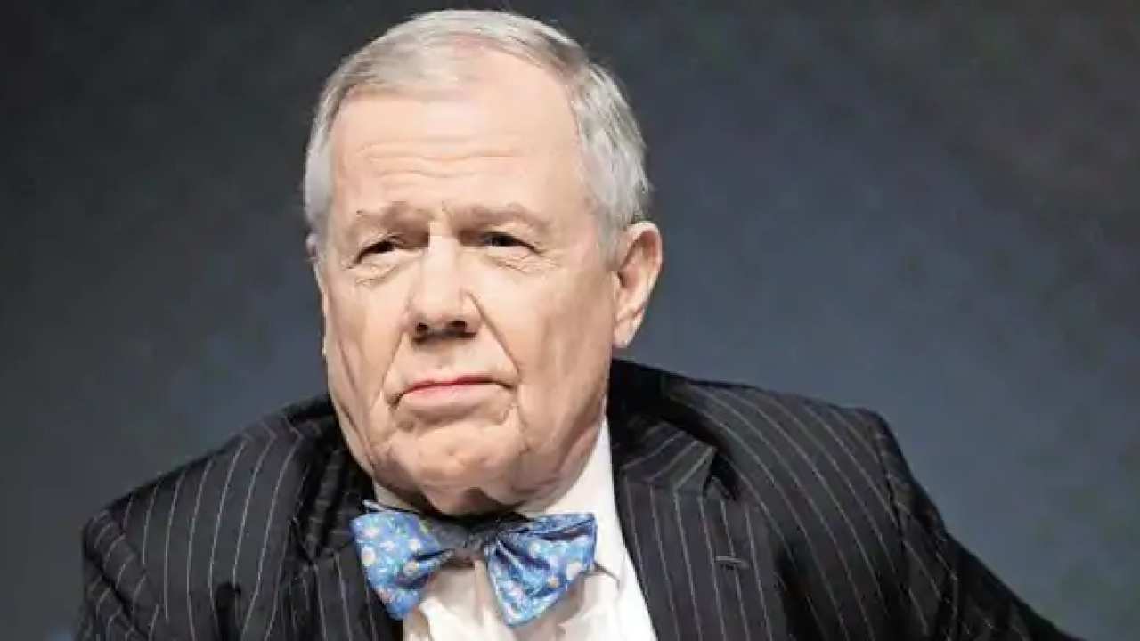 Jim Rogers Discusses Bitcoin as Money and Why Governments Won't Let Crypto Flourish