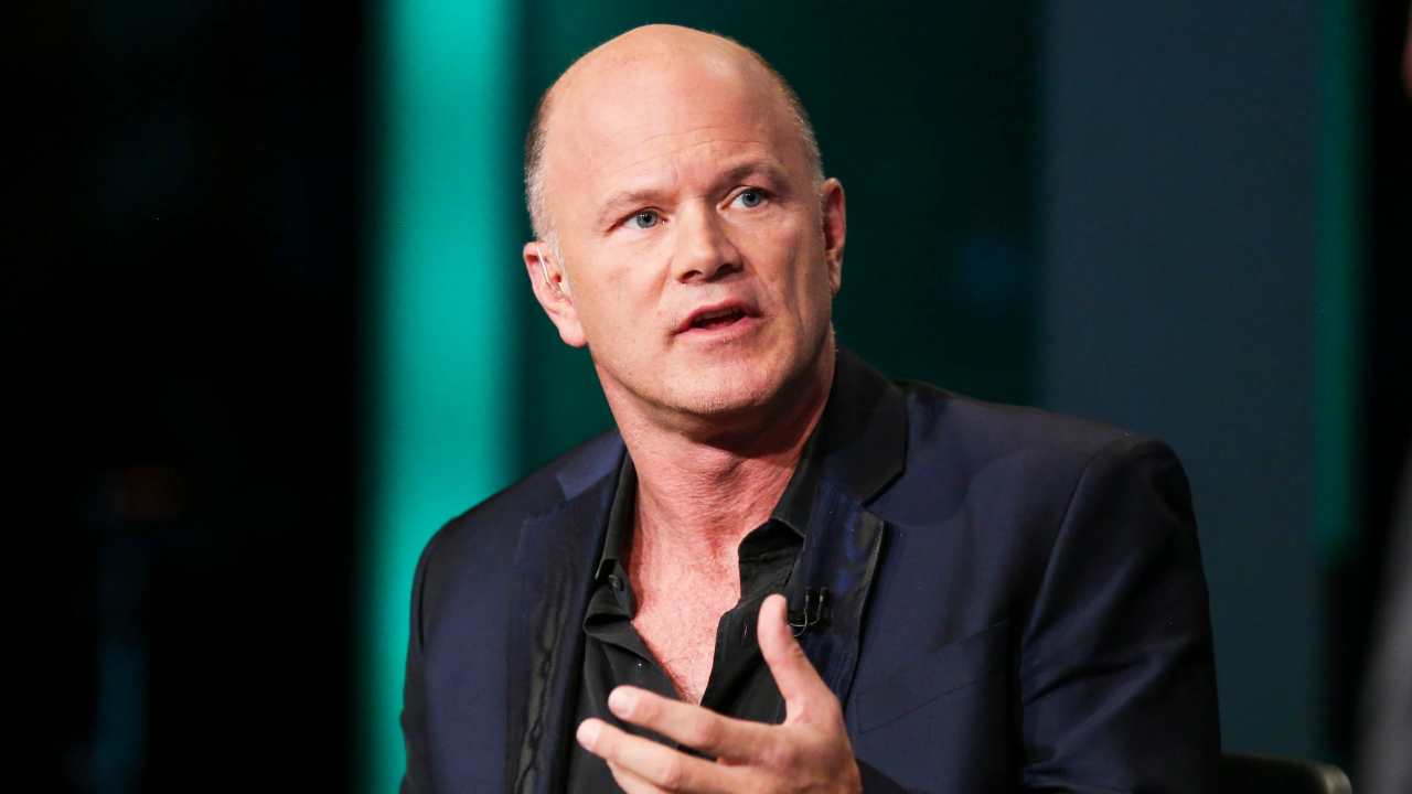 Novogratz: Dangerous Time to Be in Stocks, Bitcoin Has More Upside Than Gold