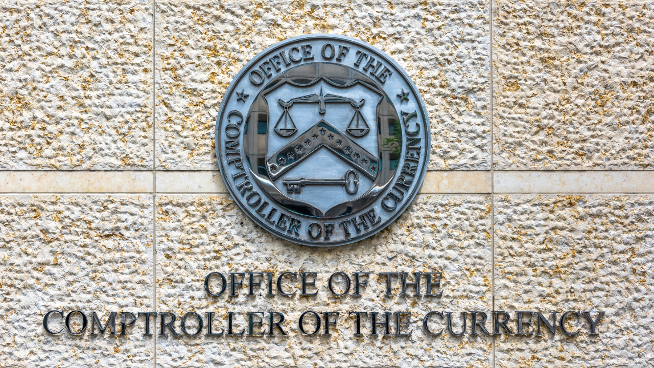 Bitcoin-Friendly Top US Banking Regulator Aims to Solve Banks' Problems With Decentralization