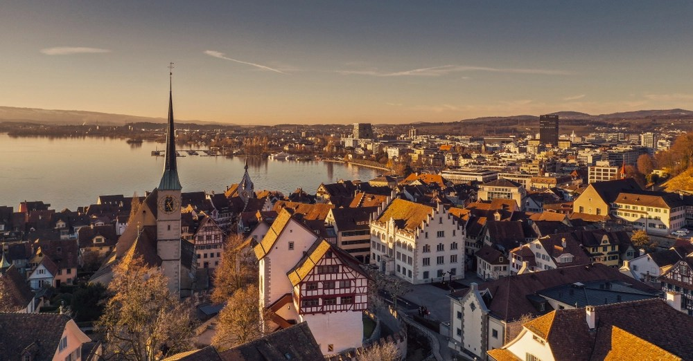 Swiss Savers View Cryptocurrencies as Option Now That Bank Accounts Don't Save Them From Inflation
