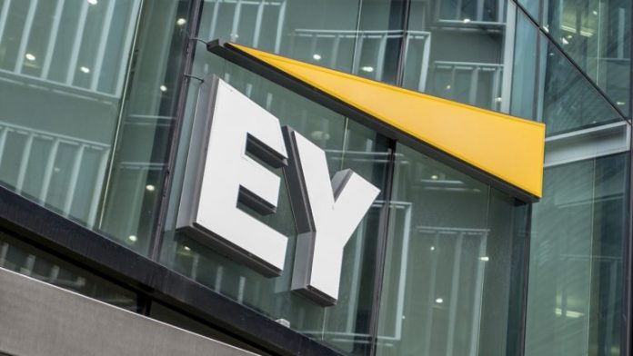 Ernst & Young Launches Application to Help US Crypto Investors With Tax Filings