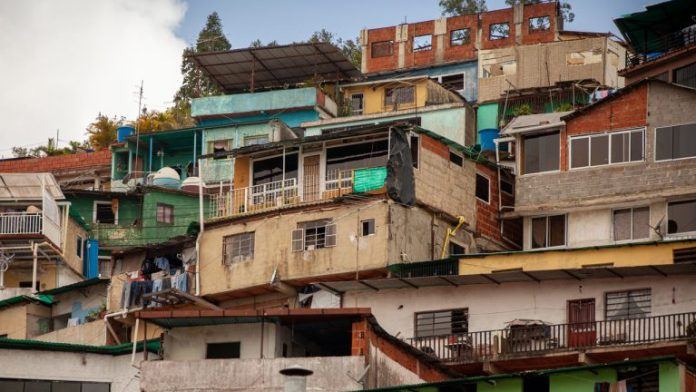 Venezuela Bans Bitcoin Mining Operations in the Country's Public Housing Sector