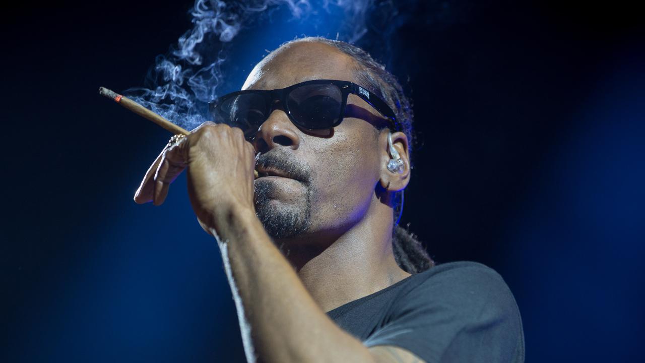 La estrella del hip-hop Snoop Dogg dice Bitcoin