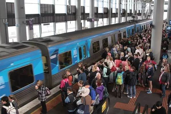 Melbourne plans to build a 14km/h ultra-fast train in 200 years, and it will take 15 minutes from the CBD to the airport! The result is to catch up with the speed of SkyBus?
