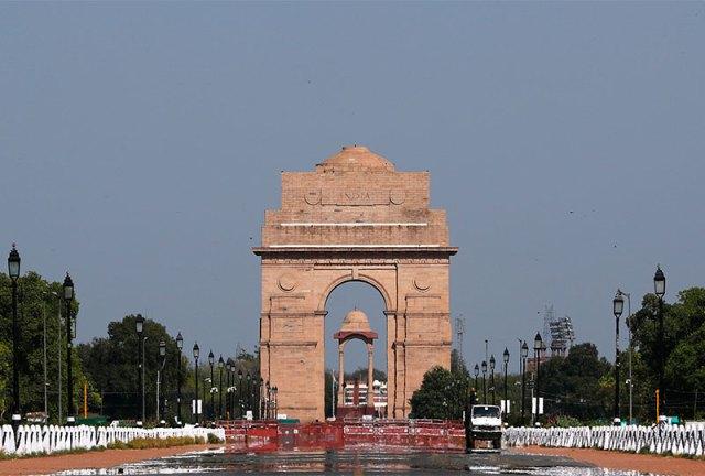 Clean air at India Gate in Dehli April 2020