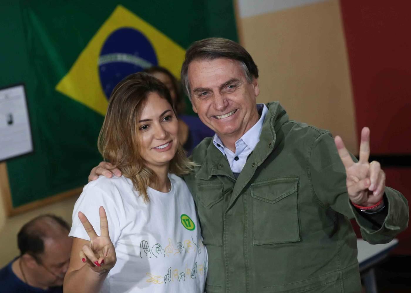 Primeira-dama Michelle e Jair Bolsonaro