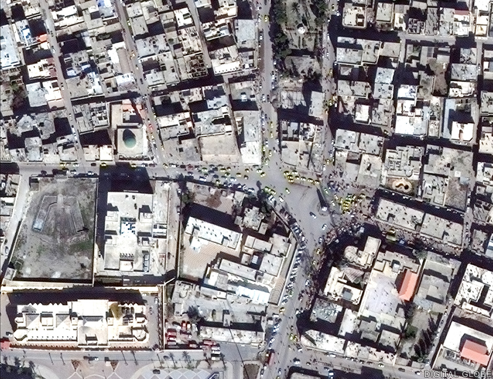 The Clock tower roundabout in central Raqqa before IS seized the city