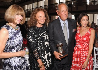 Anna Wintour, Diane von Furstenberg, Oscar de la Renta, and Sarah Jessica Parker