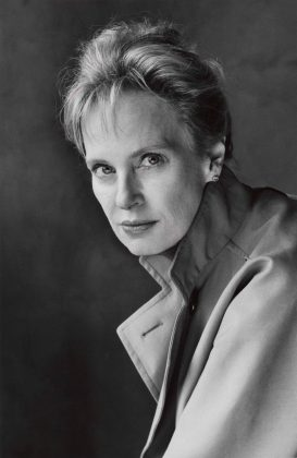 black and white headshot of Siri Hustvedt