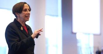 Professor speaks at Women's Philanthropy Summit