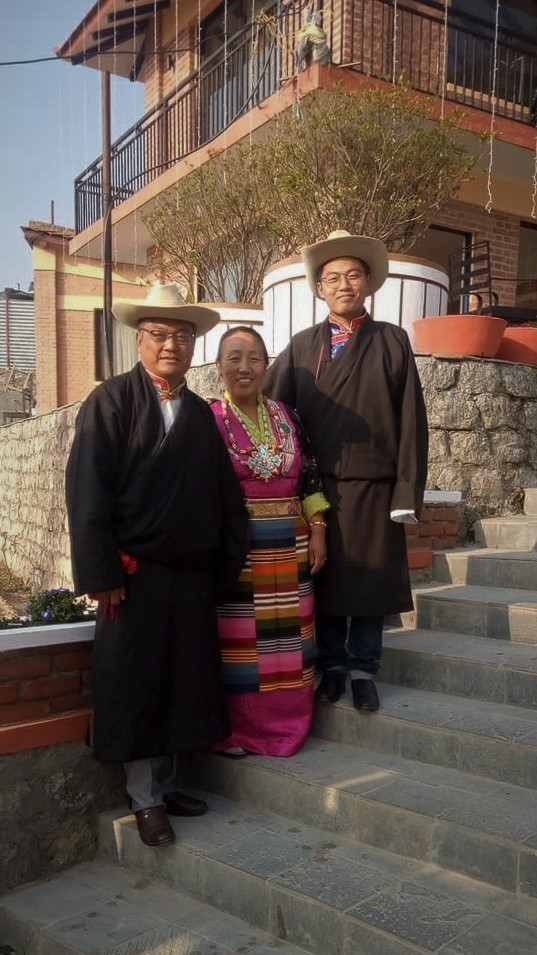 Tenzing (right) with his parents Nima (center) and Lhakpa. Courtesy of Tenzing Chogyal Sherpa