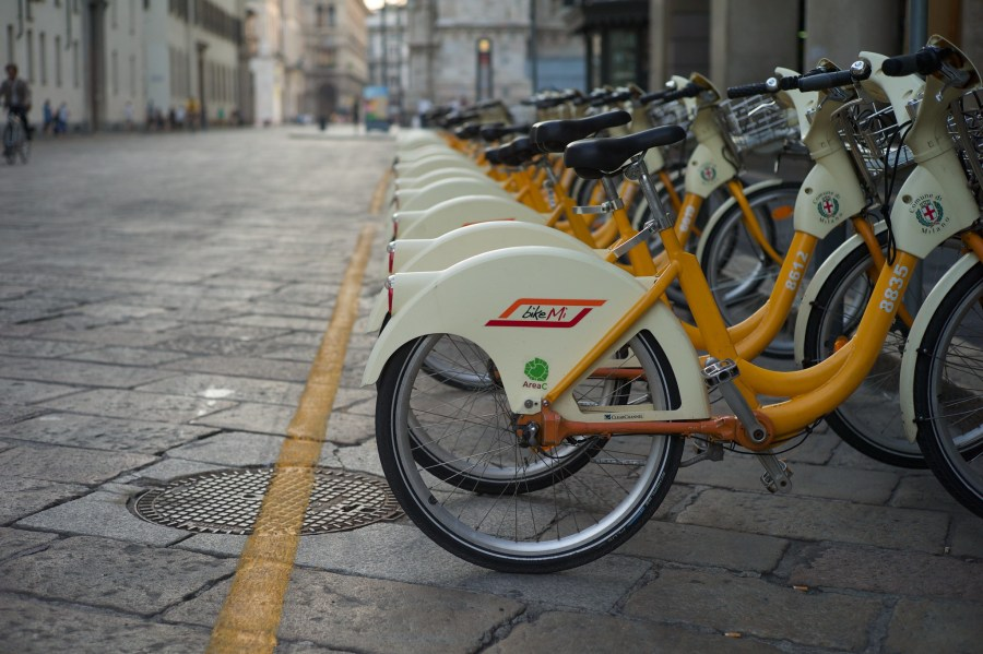 A bikeshare station on the street in Milan. Ade Oshineye, Flickr