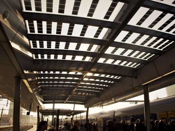 Solar panels on a new roof at Utrecht Central Station. E. Dronkert, Flickr