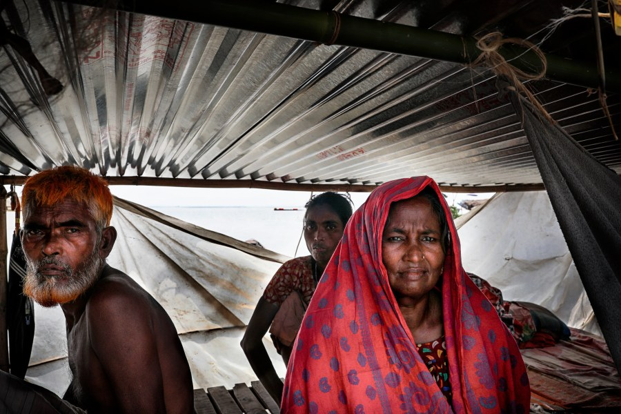 A temporary shelter during last year's floods in Bangladesh. UN Women Asia and the Pacific