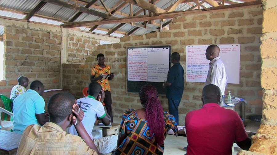 Community forest management workshop in Zorzor District, Liberia. Photo courtesy of SDI