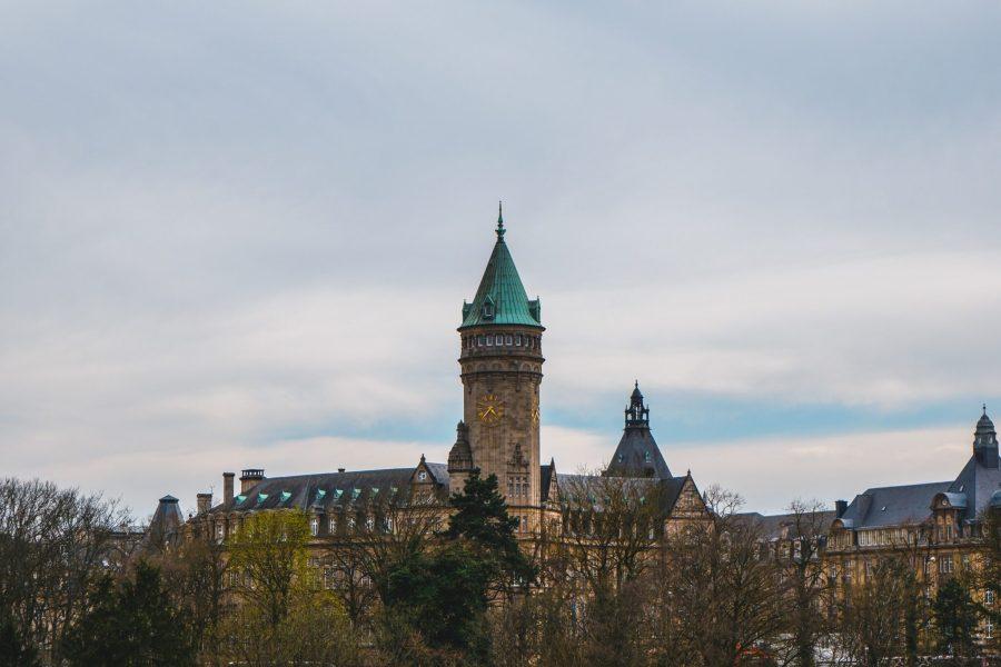 Le Luxembourg abrite la première bourse mondiale qui a lancé une plate-forme pour les instruments financiers verts.  Luca Vavassori, Unsplash