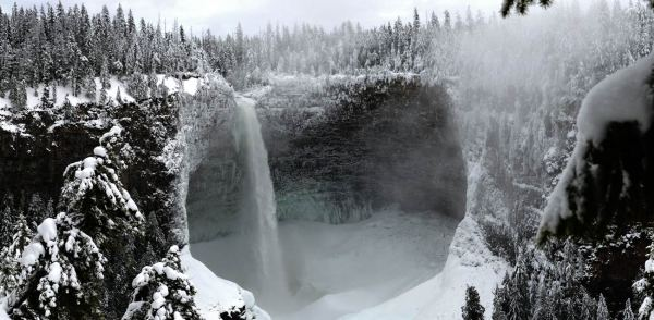Helmcken Falls - Kamploops - Winter Drives Western Canada