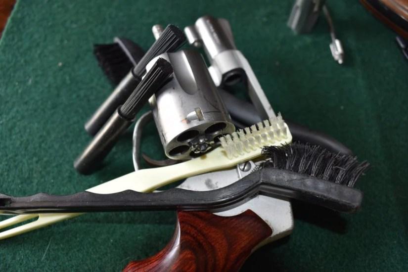 revolver brushes