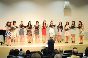 """Upper School Singers Appear """"In Concert"""" to Welcome Summer, Send Off Seniors"""