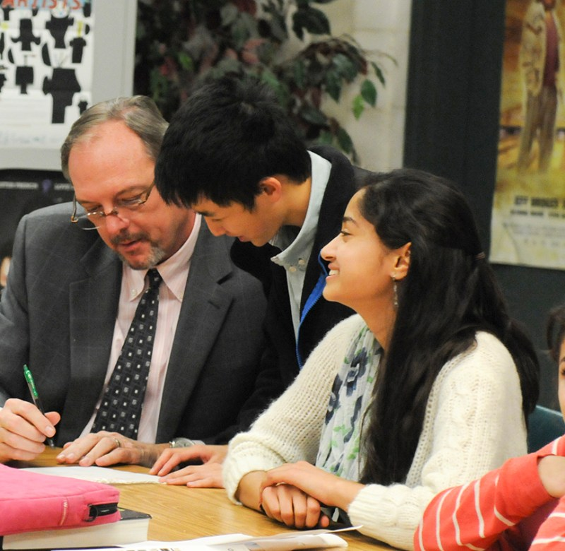 Upper School Division Head Named Administrator of the Year by Journalism Education Association