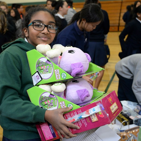 Middle schoolers provide more than 400 gifts during Family Giving Tree drive