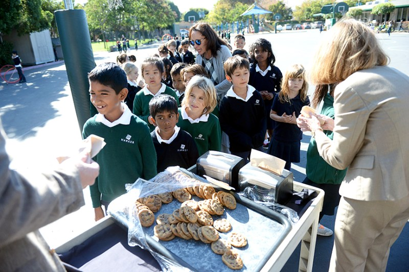 School enjoys cookies to celebrate life and legacy of Howard Nichols