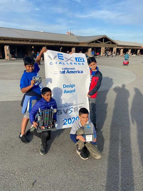 Grade 5 robotics team enjoys success, despite shortened season