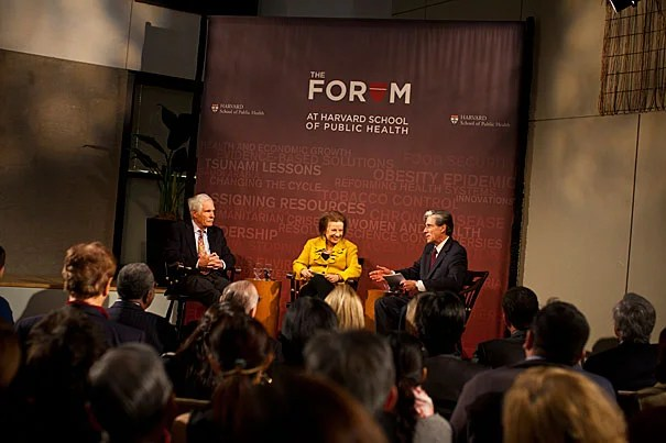 Launching The Forum at Harvard School of Public Health, a high-profile foray into health communications, were CNN founder Ted Turner (from left), former health editor of The Washington Post Abigail Trafford, and Dean Julio Frenk. During the hour-long program, Frenk discussed key challenges in global health.