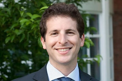Jessica Bloomgarden, Tiffany Niver, Andrew Rosenthal, and Daniel Rumennik (pictured) are this year's Dean's Award winners at Harvard Business School. Bloomgarden, Rosenthal, and Rumennik were among the founders of Startup Tribe, an ad hoc group of HBS students who met weekly to brainstorm ideas, offer support, and pick the brains of local venture capitalists, serial entrepreneurs, and others on the tactical aspects of starting a business.