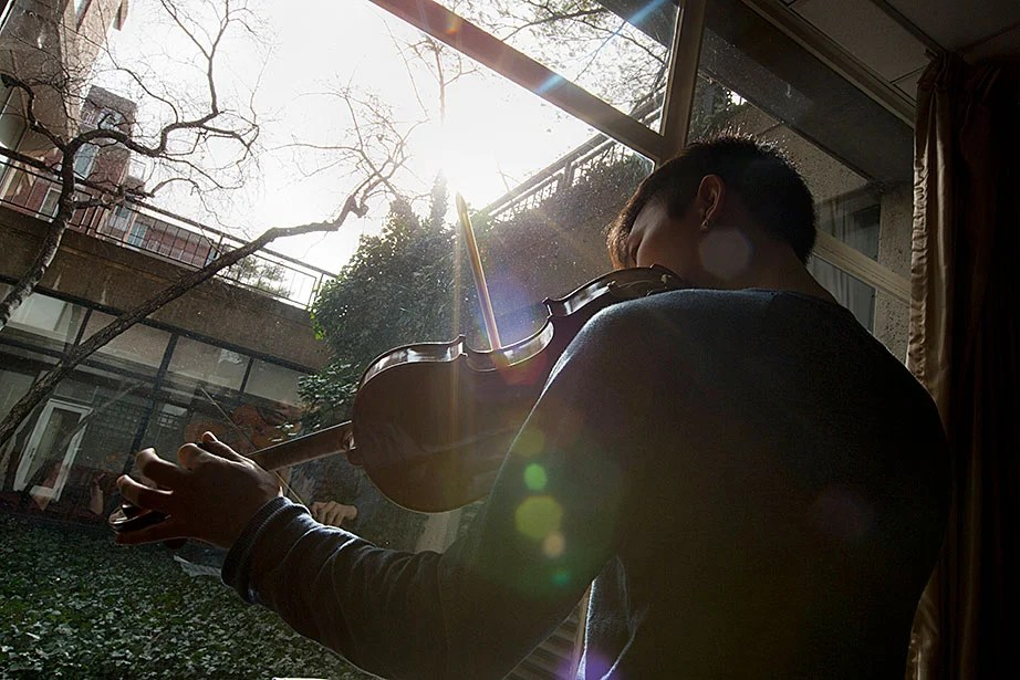 Viola player Jiho Kang '16 of Seattle is studying applied mathematics with a focus in electronic music.