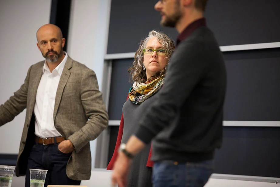 Scott King (from left), Turi McKinley, and Jon Freach from Frog Design speak to the class. Frog Design is among the top design firms that collaborate with Professor Srikant Datar during the semester.