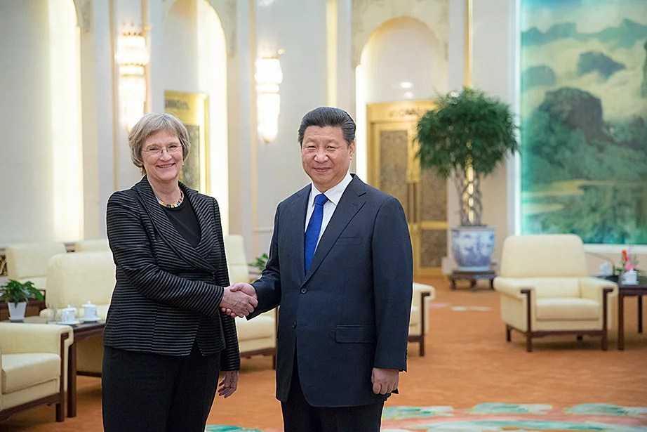 Drew Faust meets with Xi Jinping inside the Great Hall of the People in Beijing.