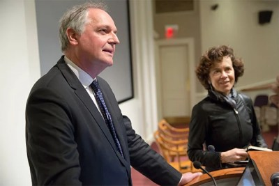 Unilever CEO Paul Polman  said the company is being set back between $300 million and $400 million each year because of climate change. Polman spoke at Harvard Business School (HBS) as part of Climate Week and was introduced by Rebecca Henderson (right), the John and Natty McArthur University Professor and co-director of HBS' Business and Environment Initiative.