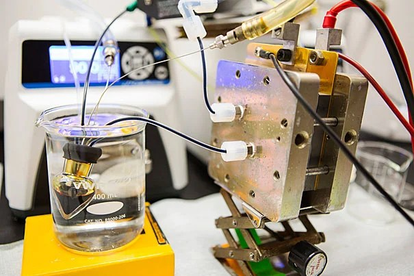 """Harvard researchers wanted to improve on their 2014 flow battery. Their goal was to replace the conventional bromine-bearing electrolyte with something nontoxic. In a paper released today, the team's findings  """"deliver the first high-performance, nonflammable, nontoxic, noncorrosive, and low-cost chemicals for flow batteries."""" A prototype of the battery is pictured."""