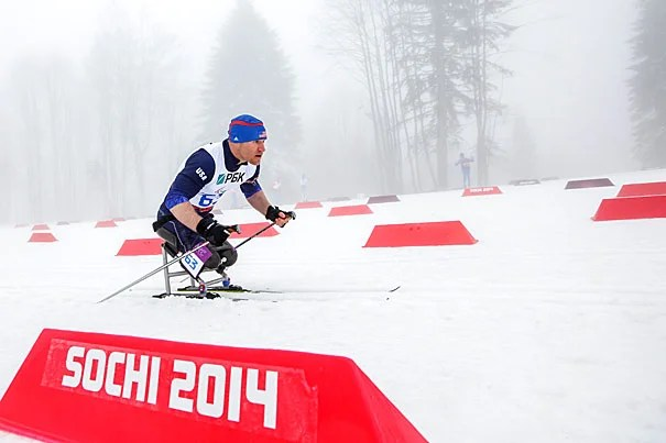 Dan Cnossen, M.C./M.P.A. '16, competed in the 2014 Sochi Paralympics as a sit skier. He plans to train for the 2018 Paralympics in Pyeongchang, South Korea. Photo by Joe Kusumoto