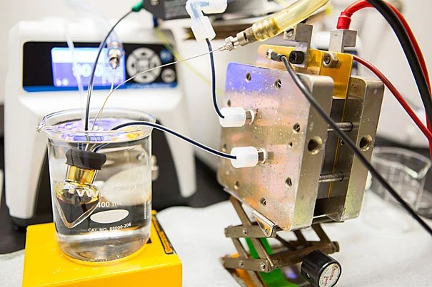 A new class of high-performing organic molecules, inspired by vitamin B2, can safely store electricity from intermittent energy sources like solar and wind power in flow batteries, such as the one above.