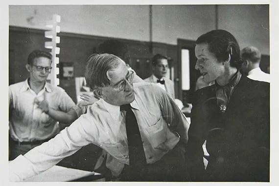 David Cooper, Josef Albers Teaching at the Harvard Graduate School of Design, 1950. Gelatin silver print. Harvard Art Museums/Busch-Reisinger Museum, Museum Purchase, BR50.534. Photo: Harvard Art Museums, © President and Fellows of Harvard College