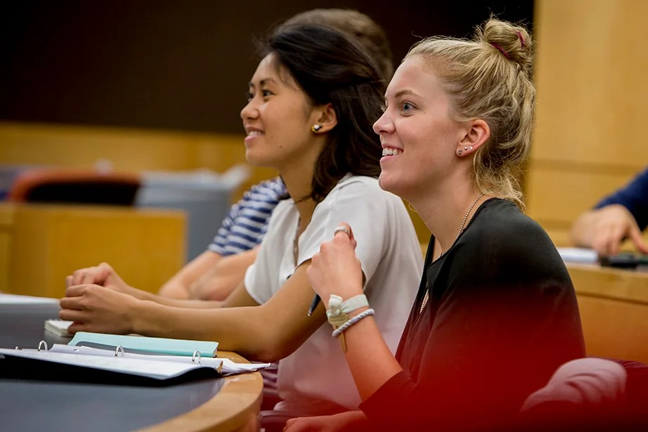 "Jing Leung '18 (left) and Regan Kology '18 take ""Series Expansions and Complex Analysis."" Rose Lincoln/Harvard Staff Photographer"