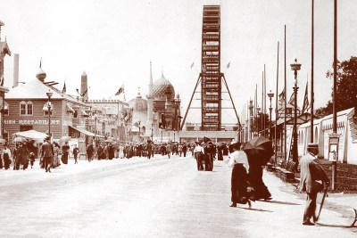 Midway at the Chicago World's Fair of 1893.