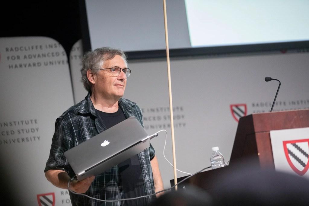 Scott McCloud speaks at Radcliffe's Knafel Center.  Kris Snibbe/Harvard Staff Photographer
