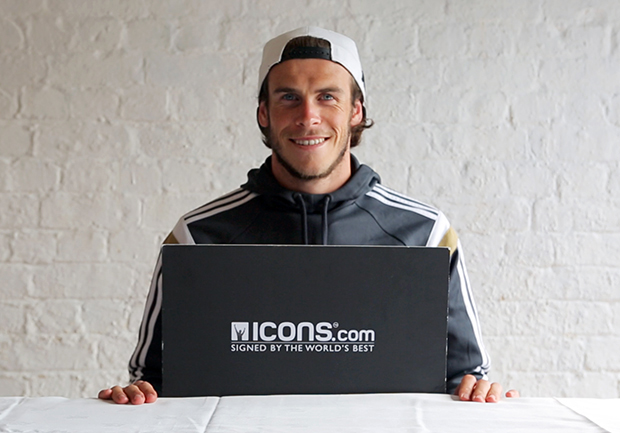 Gareth-Bale-Signing-session (2)