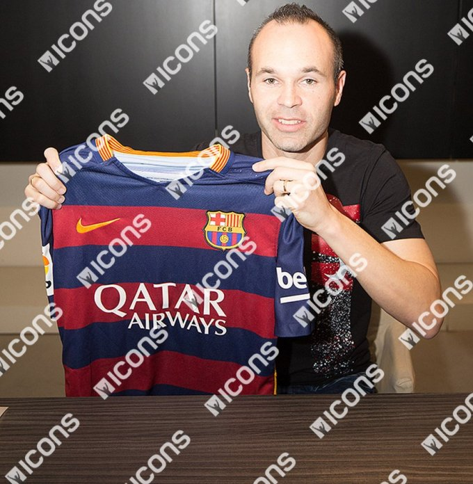 Andres-Inesta-Icons-Signing-Photos