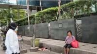 Netizen Merasa Aneh, Tetiba Ada Tuna Wisma di Jl. Sudirman-Thamrin Saat Risma Blusukan
