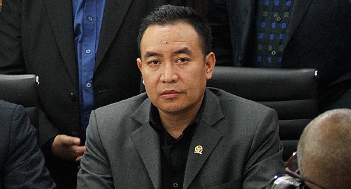 6 Laskar Sudah Meninggal Jadi Tersangka, DPR Bingung sama Polisi