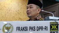 Legalisasi Miras Batal, PKS: Tak Ada Kata Terlambat Koreksi Pemerintah