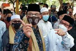 Sindir Anies soal Masjid At-Tabayun, Ferdinand: Mainannya Masih Seputar Identitas karena di Luar Itu Tak Mampu