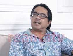 Ade Armando Singgung Agama Pebulutangkis Anthony Ginting, KNPI: Pecat Dosen Pembuat Gaduh!